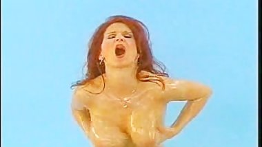 Bettie Ballhaus Oils Her Juicy Boobs