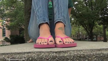Sexy Flip Flop Feet and Soleshow