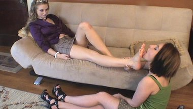 Lick My Feet Slave (Lesbian Foot Worship) (Foot Domination)