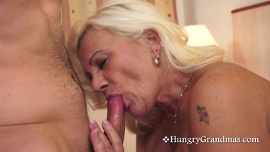 Blonde Gilf Knows How To Suck