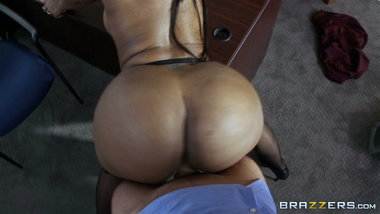 Codi Bryant - Best black TWERK ON DICK (PMV)