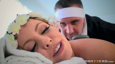 Brazzers - Britney Amber loses massages and cock