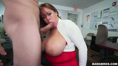 Brandy Talore Gets Her Snatch Stuffed