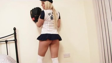 SEXY Baseball Babe Shows Her Massive Tits On Cam - More on Camstubexx.com